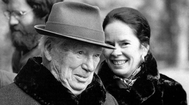 Жизнь с новой женой принесла великому комику долгожданное счастье. С ней он прожил 35 лет, до конца своих дней.