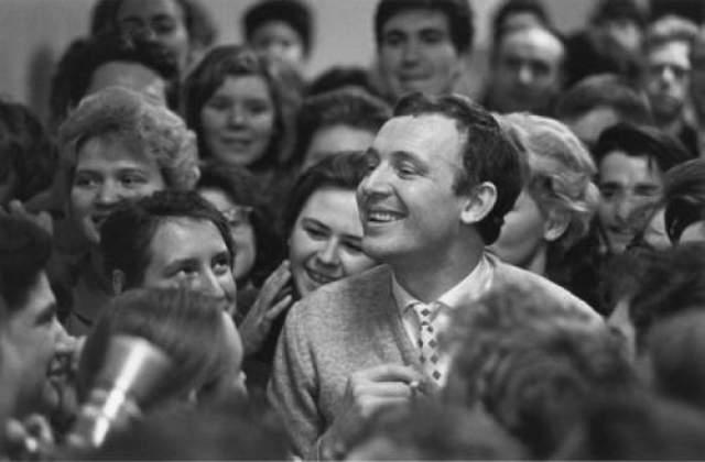 Иннокентий Смоктуновский. Автор Лазарев Леонид, 1959 год