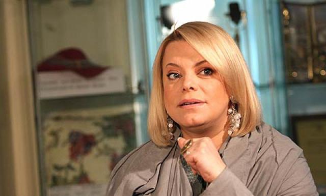 Сейчас актриса активно занимается благотворительностью, воспитывает двоих детей от брака с продюсером Сергеем Гинзбургом и является достаточно востребованной теле- и радиоведущей.