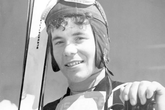 Эрика выиграла чемпионат мира-1966 в скоростном спуске, а спустя год, проходя пресловутый секс-контроль перед Олимпиадой в Гренобле, 19-летней девушке сообщили, что она, вероятно, мужчина.
