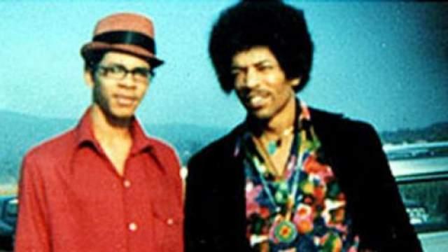 Джими Хендрикс Брат известного музыканта стал предметом обсуждения, когда его поймала полиция на краже шубы. Тогда все недоумевали, как же родственник суперзвезды может заниматься подобным.
