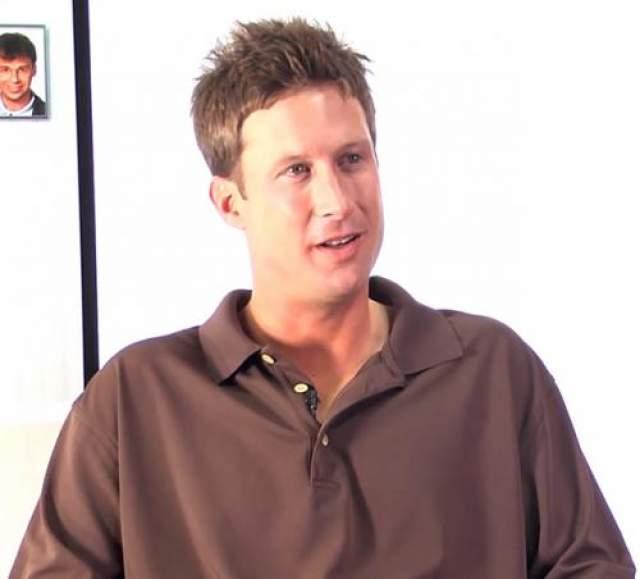 Фишер работает профессиональным кедди- помощником игрока в гольф, в чьи обязанности входит перенос сумки со спортивным инвентарем, помощь советами и моральная поддержка игрока. Живет во Флориде.