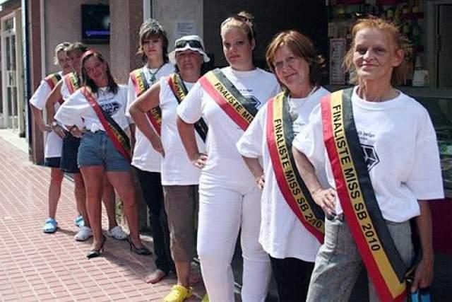 """Мисс бомж Первый конкурс на звание """"Мисс Бомж"""" прошел в Бельгии в 2009 году."""