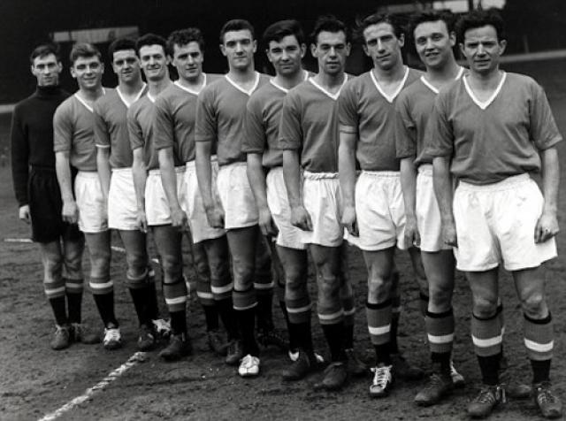 """6 февраля 1958 года самолет British European Airways с командой футболистов """"Манчестер Юнайтед"""" на борту возвращался домой из Белграда после матча Кубка европейских чемпионов."""