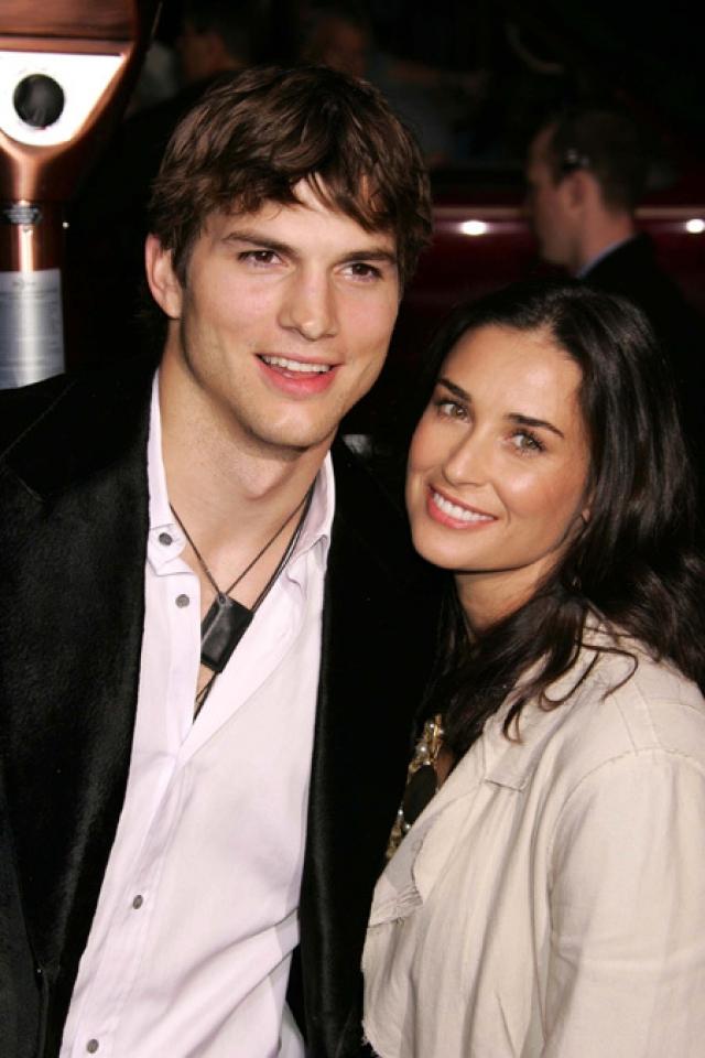"""Деми Мур и Эштон Катчер. Эштон утверждал, что был влюблен в нее с 12 лет – с тех самых пор, как увидел ее в """"Привидении""""."""