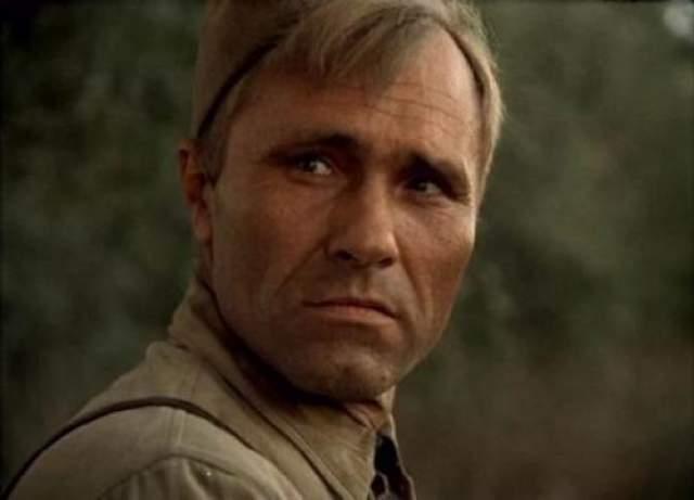 """Они сражались за Родину В сентябре 1974 года на съемках фильма """"Они сражались за Родину"""" умер Василий Шукшин."""
