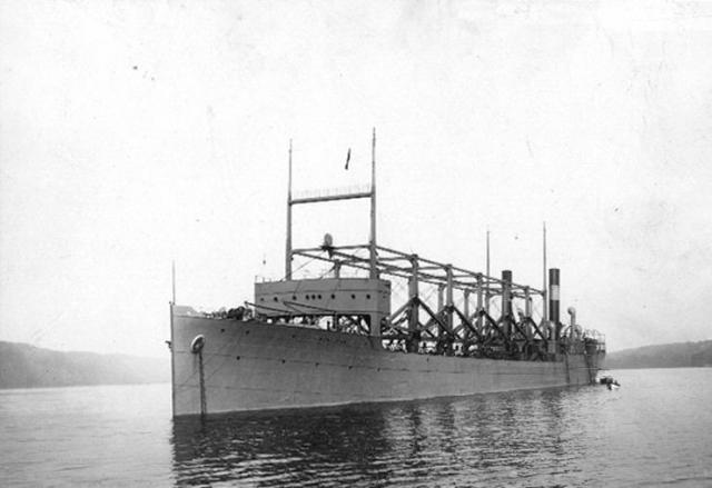 """4 марта 1918 года в районе Бермудского треугольника бесследно исчез американский корабль USS Cyclops ( """"Циклоп"""" )."""