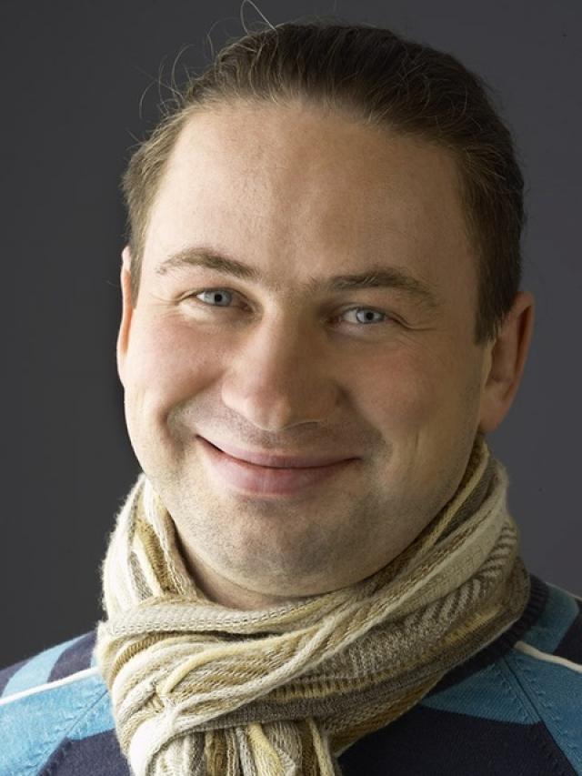 Геннадий Бачинский - шоу-мэн и ведущий, получивший известность в первую очередь благодаря дуэту с Сергеем Стиллавиным на радио.