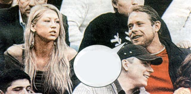 """Несмотря на неодобрение своего тренера, Анна посещала все матчи с участием """"Флорида Пантерз""""."""