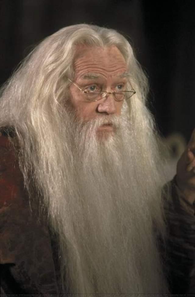 """В августе 2002 года у Хармса был обнаружен лимфогранулематоз. Он не дожил до премьеры """"Тайной комнаты"""" трёх недель."""