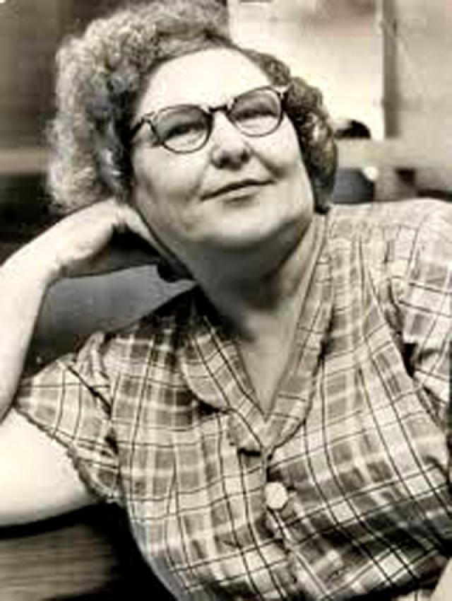 """Нэнни Доусс (""""Хихикающая бабушка""""). Нэнни созналась в убийстве четырех мужей, своей матери, сестры, внука и свекрови. """"Я искала совершенного возлюбленного, настоящего рыцаря,"""" - объяснила она свои мотивы на суде."""