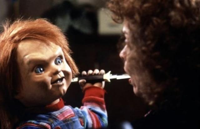 """Чаки из фильма """"Детская игра"""" (1988). Пластиковая кукла, способная справится с любым из героев фильма, да ее и с замашками социопата… В каждом из продолжений фильма появлялось все больше комедийных моментов, поскольку даже создатели осознали абсурдность Чаки."""
