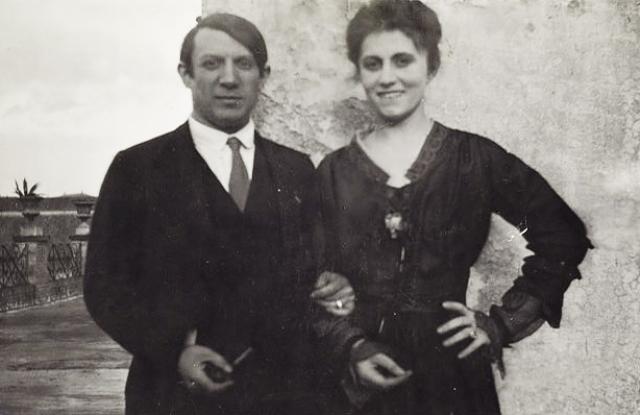 12 июля 1918 года в Париже они поженились. В фешенебельном квартале в центре супруги сняли две квартиры: одну - под мастерскую, другую - для жизни.