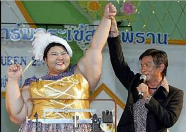 Участие в конкурсе принимают девушки и женщины весом от 90 кг.