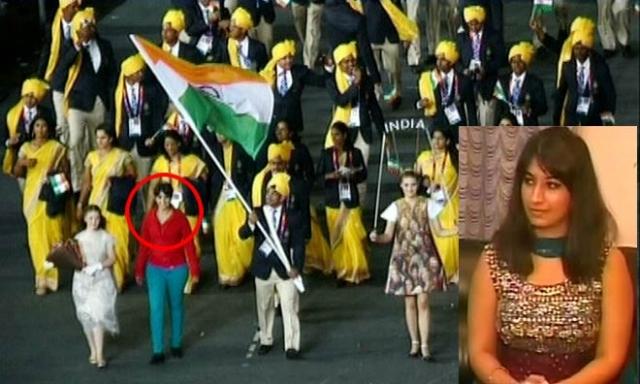 Отец девушки, индийский бизнесмен, заявил, что его дочь занимается танцами и организаторы попросили ее участвовать в церемонии открытия. Однако глава индийской олимпийской делегации сказал, что ему ни о каких танцовщицах не сообщали.