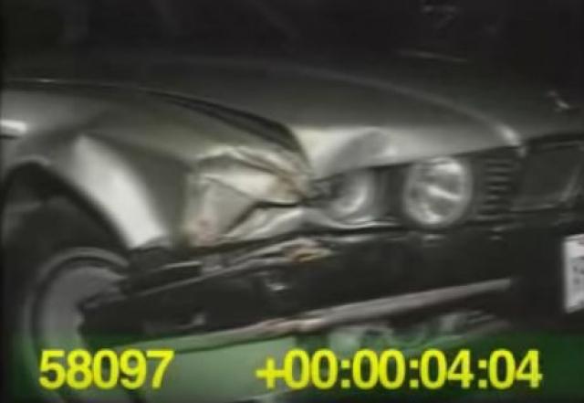 В 1988 году Тайсон получил сотрясение мозга, врезавшись на своем автомобиле в дерево. По одной из версий, это была попытка самоубийства.