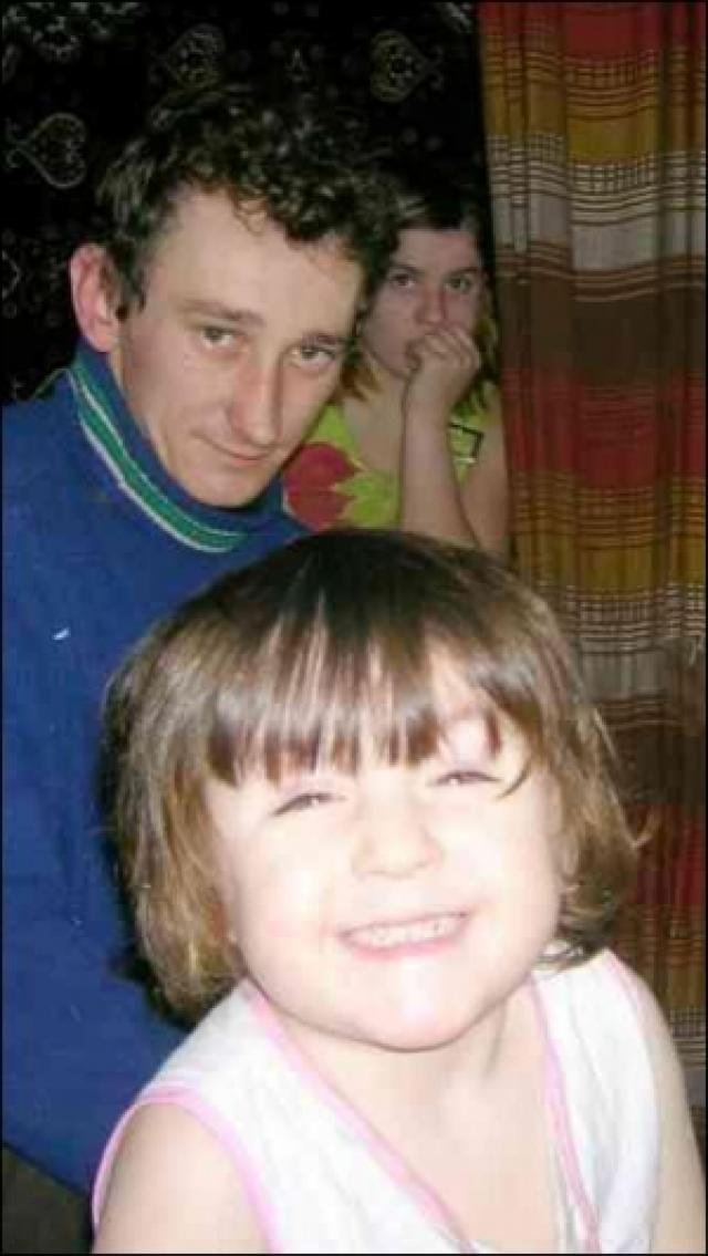 В апреле 2004 года жительница Хмельницкой области Надя Гнатюк родила девочку весом в 2,5 кг от собственного отца в 11 лет. В декабре 2006 года 14-летняя Надя стала мамой во второй раз, родив уже от супруга.