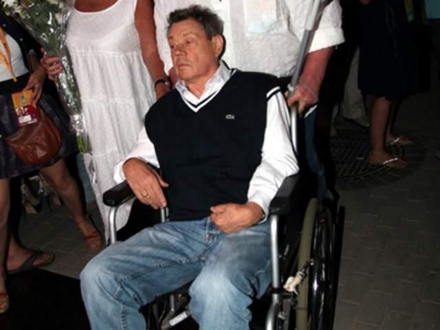 Актер провел 26 дней в коме. А заметно реабилитироваться Николай смог лишь в мае 2007 года.