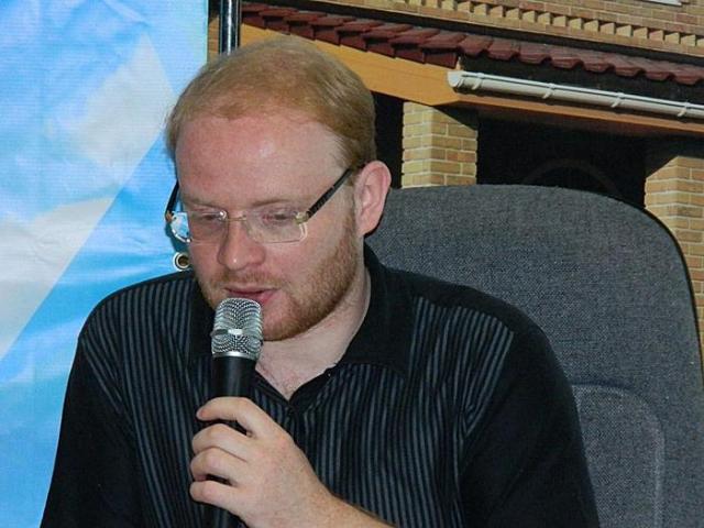 """В 2004 был вторым режиссером сериала """"Слепой"""" совместно с актером и режиссером Сергеем Маховиковым."""