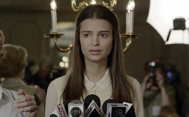 """Эмили Ратаковски. Свой кинодебют молодая звезда подиумов оформила в прошлом году, снявшись в """"Исчезнувшей""""."""
