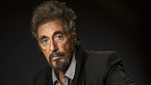 """Сейчас 76-летний Пачино собирается сниматься в одной картине с Робертом Де Ниро, сыграв вместе с Джо Пеши в новом фильме Мартина Скорсезе """"Ирландец""""."""