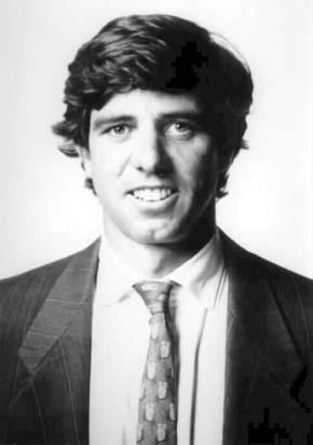 Майкл Кеннеди (сын Роберта Кеннеди) разбился катаясь на лыжах в 1997 году (38 лет)