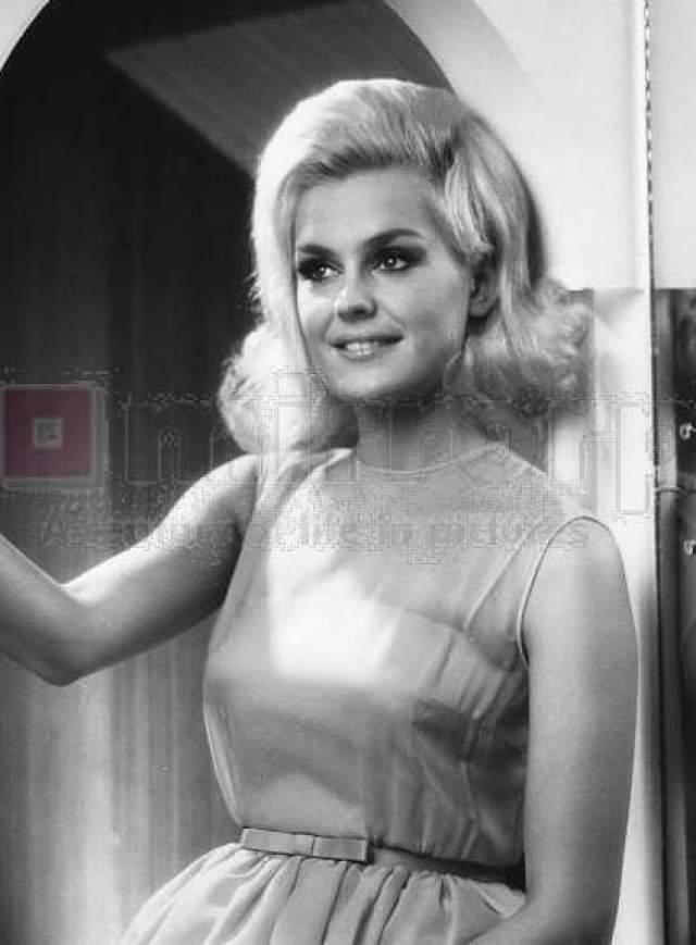 Лесли Лэнгли (Великобритания) - Мисс мира 1965.