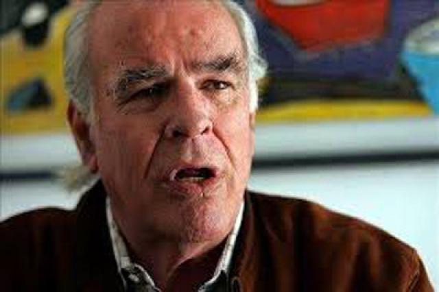 По словам одного из выживших — Хосе Луиса Инсиарте— они советуют людям заключить «соглашение с жизнью», как сделали затерянные в горах 37 лет назад