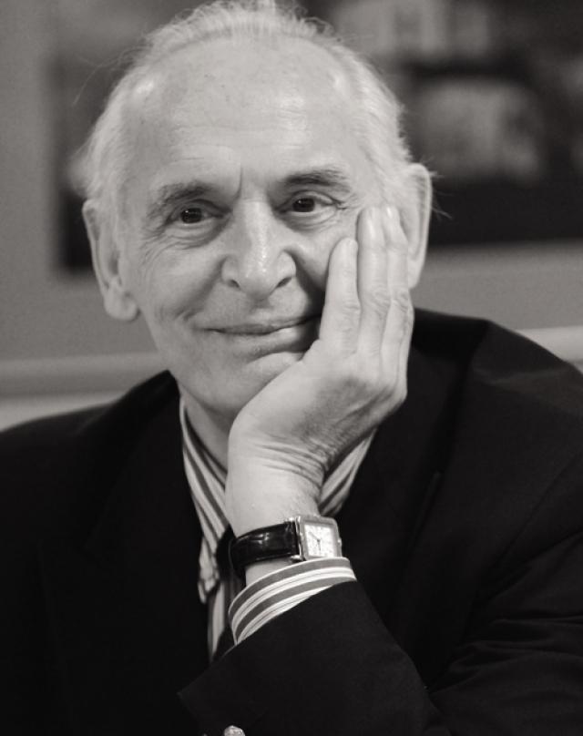 Сейчас 82-летний Лановой продолжает сниматься, играет в спектаклях, записывает радиоспектакли и аудиокниги. С 1985 года Василий Лановой работает на кафедре сценической речи в Театральном институте имени Щукина. Сначала он был преподавателем, затем стал профессором и заведующим этой кафедрой.