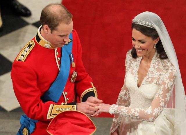 Поженились пара только в 2011 году после долгого ожидания, размолвок и пристального внимания прессы.