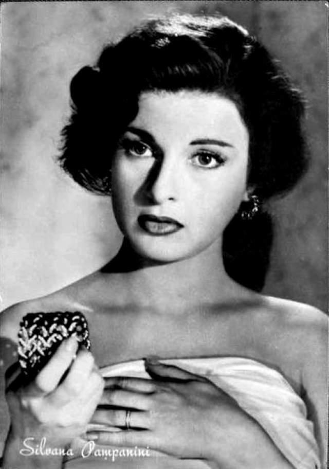 """Сильвана Пампанини Итальянская актриса, популярная. 50-е годы, в том числе в СССР, где она была известна благодаря фильму """"Муж для Анны Дзаккео"""" (1953)"""