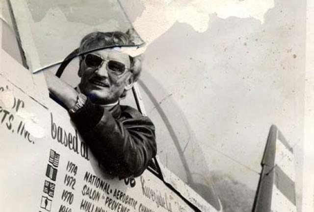 В один из дней Шолль должен был проделать на своем самолете плоский штопор и заснять вид из кабины, но его машина вдруг потеряла управление. Летчик успел радировать диспетчеру о проблемах, после чего самолет рухнул в Тихий океан у побережья Южной Калифорнии.