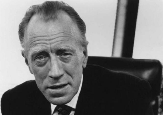 За 65 лет шведский актер сыграл в 140 картинах, успев поработать со Стивеном Спилбергом, Вимом Вендерсом, Андреем Кончаловским и Ингмаром Бергманом.