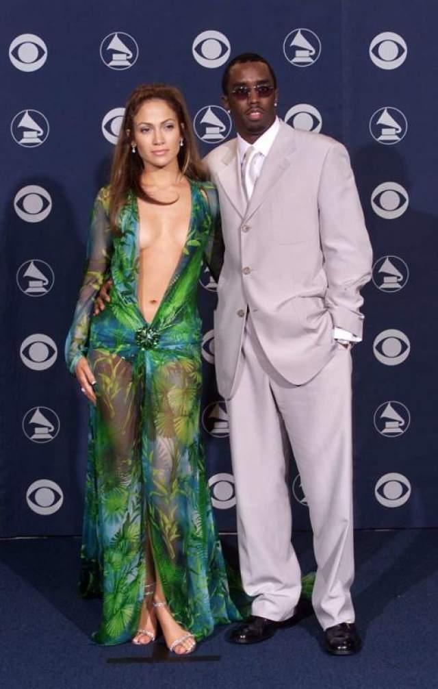 P Diddy, или Шон Комбс, сразу влюбился в знойную красотку, однако их отношения закончила Лопес после перестрелки с участим репера, она не захотела участвовать в скандальных разборках.