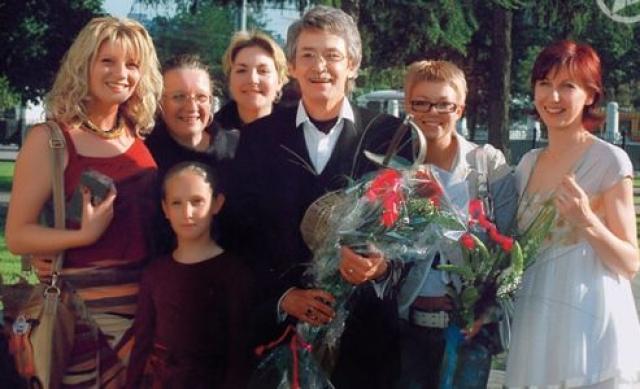 Гражданская жена Нина Выдрина в середине 90-х была рядом со Старыгиным, когда вся страна забыла о существовании Арамиса и ухаживала за актером после нескольких сложнейших операций.