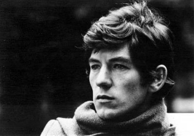 Иэн МакКеллен. В течение 1960-х и 1970-х годов актер сыграл практически во всех пьесах шекспировского репертуара.