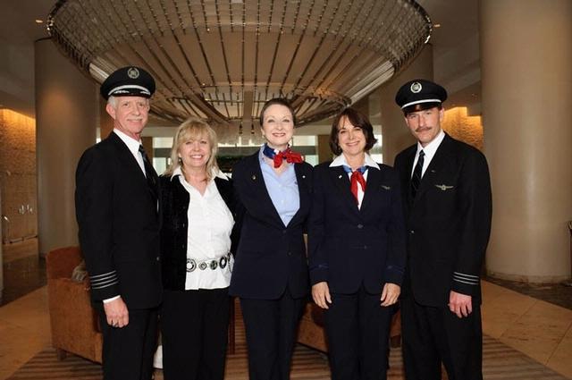 Самолетом управлял очень опытный экипаж.