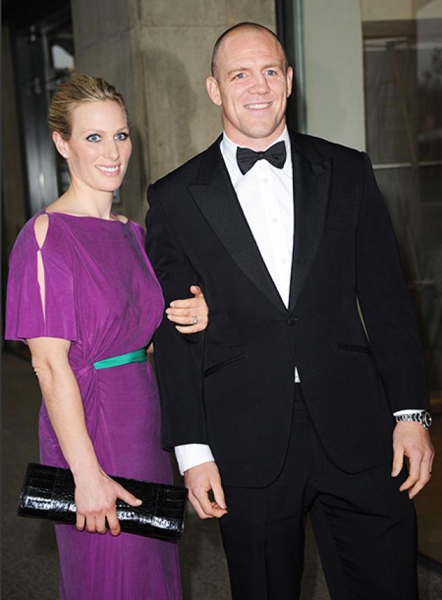 Принц Гарри познакомил свою кузину, принцессу Зару Филлипс, с капитаном сборной Англии по регби Марком Тиндаллом, который в скором времени стал ее супругом.