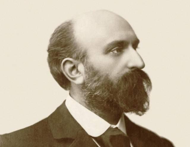 Эрнест Шоссон 10 июня 1899 года Шоссон в своем имении в Лиме на велосипеде разогнался на спуске, не справился с управлением, врезался в кирпичную стену, ударился головой и сломал шейные позвонки.