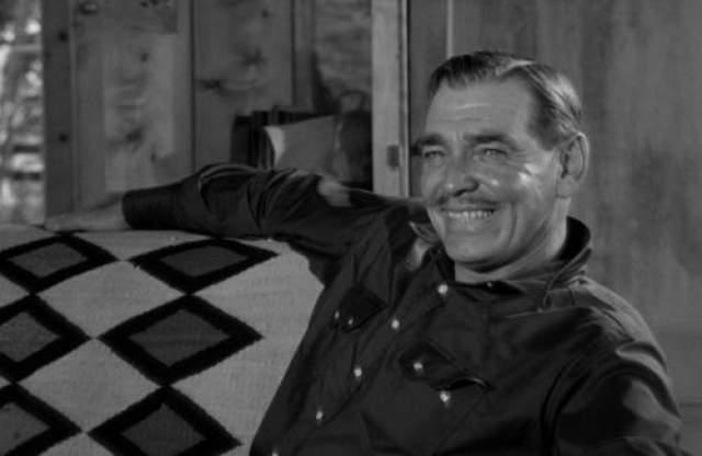 """Неприкаянные (1961) Голливудский классик Кларк Гейбл умер в 1960 году на следующий день после окончания съемок фильма """"Неприкаянные"""" от сердечного приступа."""