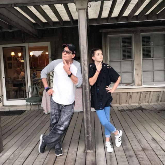 Чарли Шин с дочерью.