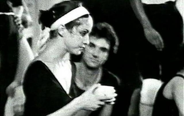 Мадонна продолжила учиться танцам в Мичиганскогом университете, но и там не избавилась от привязанности, поскольку и Флинну там досталась должность профессора.
