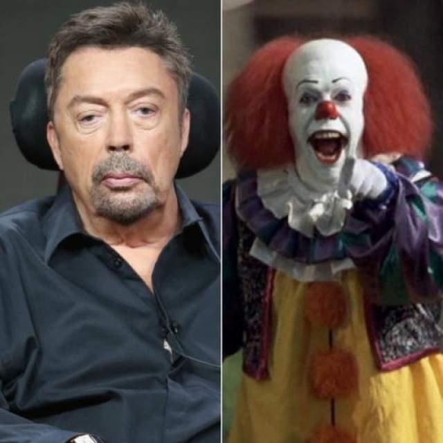 """В более ранней версии """"Оно"""" Пеннивайза сыграл Тим Карри, выразительное лицо актера идеально подошло для роли жуткого клоуна."""