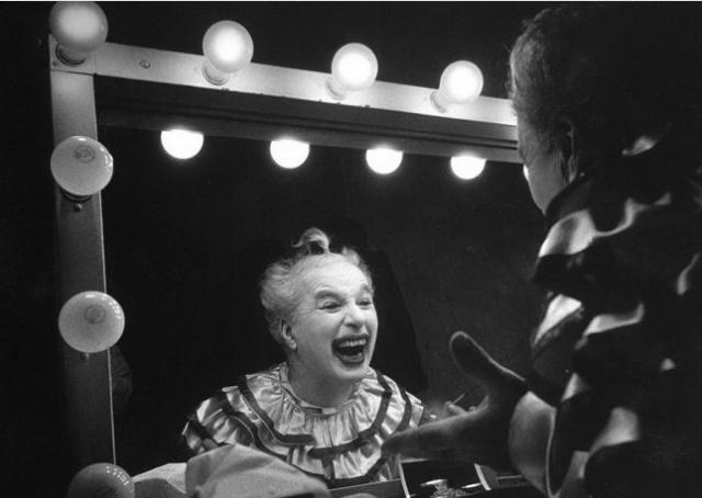1952. 63-летний Чарли Чаплин .