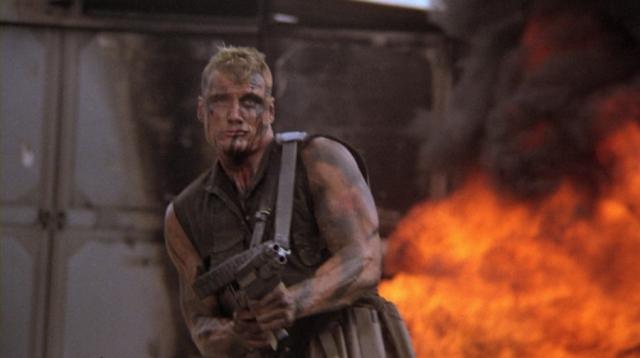 """""""Красный скорпион"""", 1988 г. В конце 80-х тема коварных коммунистов стала как никогда популярна в Голливуде. Главный герой - лучший во всех Советах спецназовец Николай Раченко."""