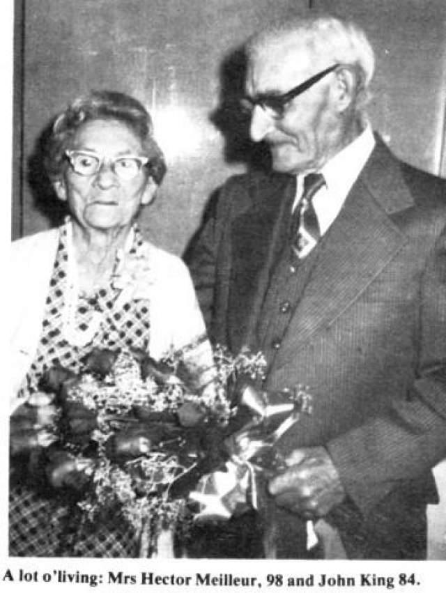 В 30 лет она потеряла первого супруга Этьена Леклерка, умершего от пневмонии, после чего переехала на границу между Квебеком и Онтарио, где встретила своего второго мужа Гектора Мейёра.