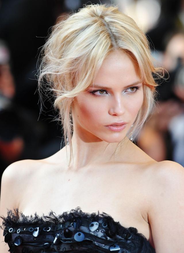 Впервые показавшись на подиуме в 2004 году, через год она уже участвовала в показах Yves Saint Laurent, Alexander McQueen, Chanel, Versace, Gucci, Lanvin, Louis Vuitton, Roberto Cavalli, Sonia Rykiel, Nine West, Dolce&Gabbana и Jimmy Choo.
