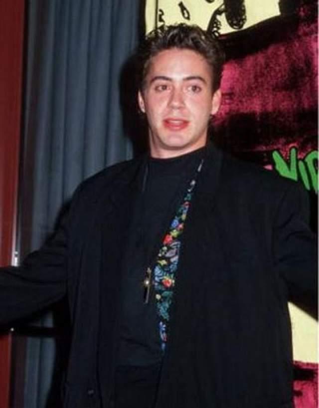 """Роберт Дауни младший Немногим людям удалось снова взять себя в руки, как это сделал актер Роберт Дауни младший. Свой первый Оскар он получил в 27 лет за роль в фильме """"Чаплин""""."""