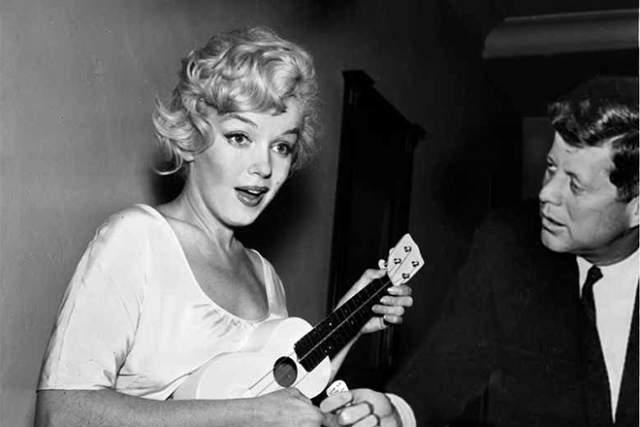 Кеннеди часто устраивал бурные вечеринки у бассейна, приглашая сотрудников Белого Дома. Там же завсегдатаем была кинодива Мэрилин Монро.