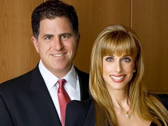 Обсуждать сделку Майкл и Сьюзан отправилась в бистро, где он пригласил ее на свидание. Спустя год в том же самом бистро Делл сделал девушке предложение.